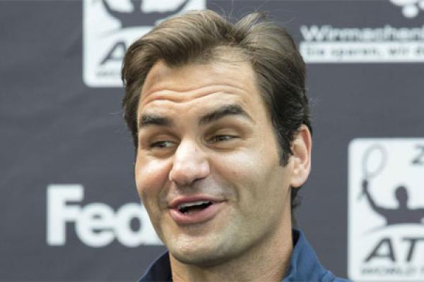 Federer: 'Chiến tích của Djokovic tốt cho quần vợt'